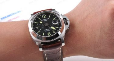 Meilleur panerai luminor gmt automatic acciaio replique montres